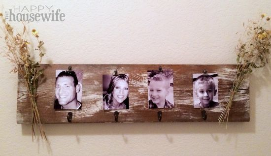 DIY No Mantle Stocking Holder at The Happy Housewife