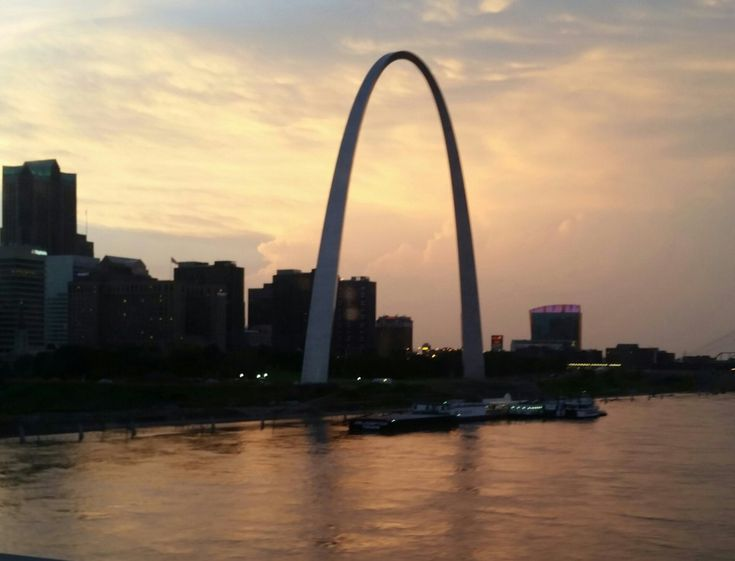 St. Louis poised to become one of the hottest real estate spots in U.S.in 2016! http://fox2now.com/2015/12/02/st-louis-poised-to-become-one-of-the-hottest-real-estate-spots-in-u-s/#utm_sguid=154165,414c7a9f-c708-bdad-1a8d-c7c48b3826c4