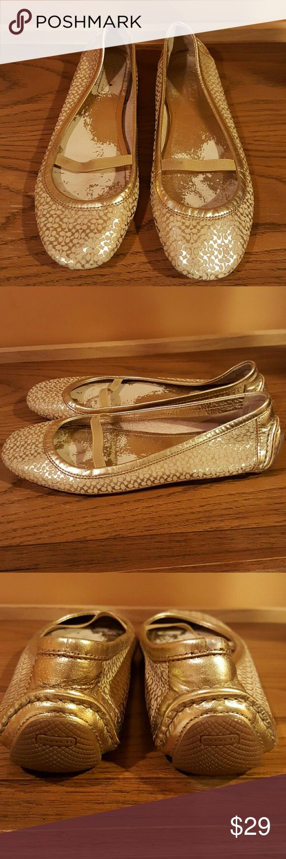 Coach Women's Ballerina Shoes Pre-owned in a good condition. Coach Shoes Flats & Loafers