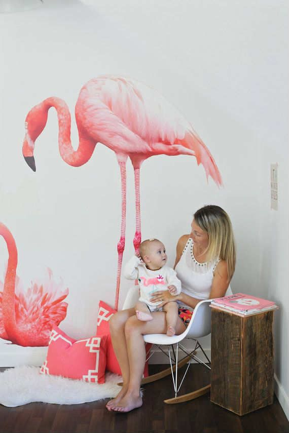 Adorable pink flamingo wall sticker - 10 Tropical Kids Bedrooms | Tinyme Blog
