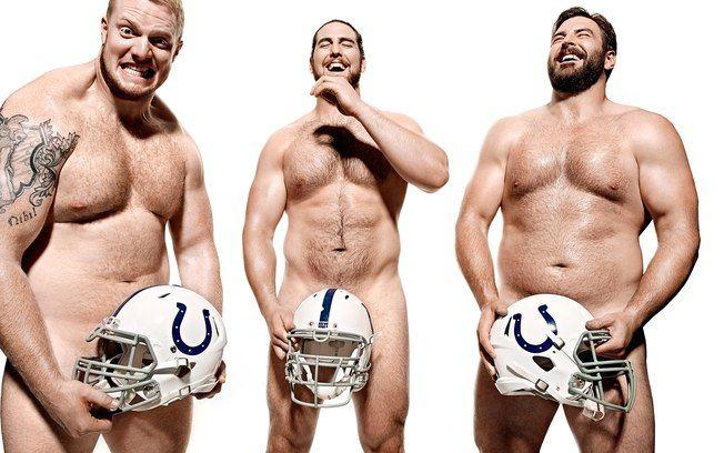 Jack Mewhort, Anthony Castonzo e Todd Herremanns, jogadores do Indinapolis Colts, time da NFL, a liga de futebol americano dos EUA.…