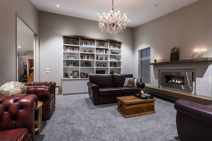 2015 Executive Home   Living room