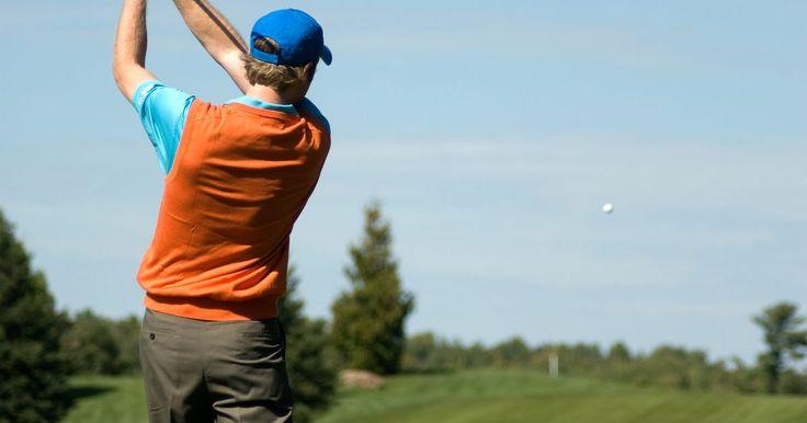Las 10 marcas principales de palos de golf. Para saber cómo están los fabricantes principales de palos en comparación unos con otros, recursos independientes tales como Golf Digest y Golf Tips reseñan anualmente los palos de mayor categoría según su desempeño, calidad y valor, ofreciendo comparaciones entre los productos y análisis de usuarios para determinar las marcas principales del año. ...