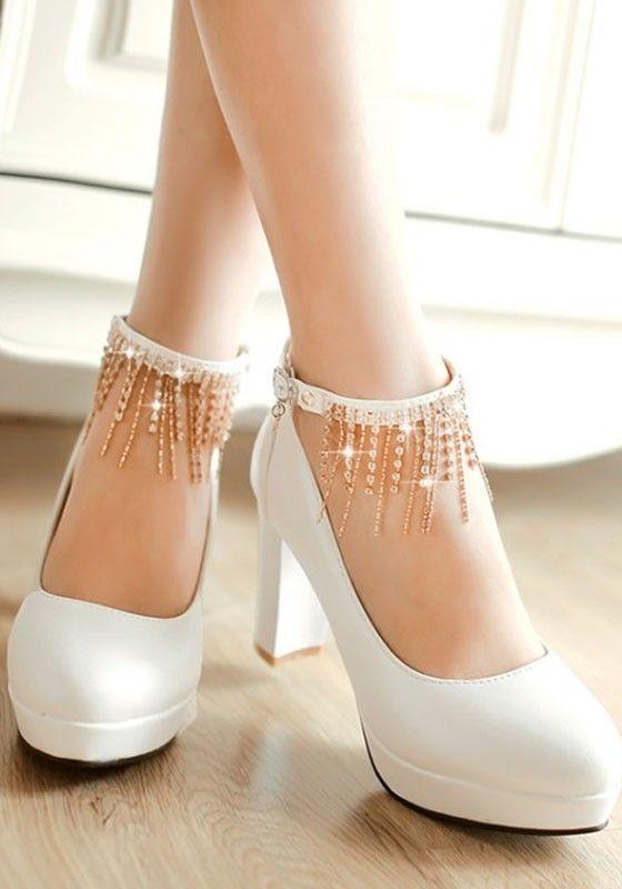 c71452e5ae2ea2 Weiße runde Zehe klobig Strass Quaste Mode High-Heels Schuhe