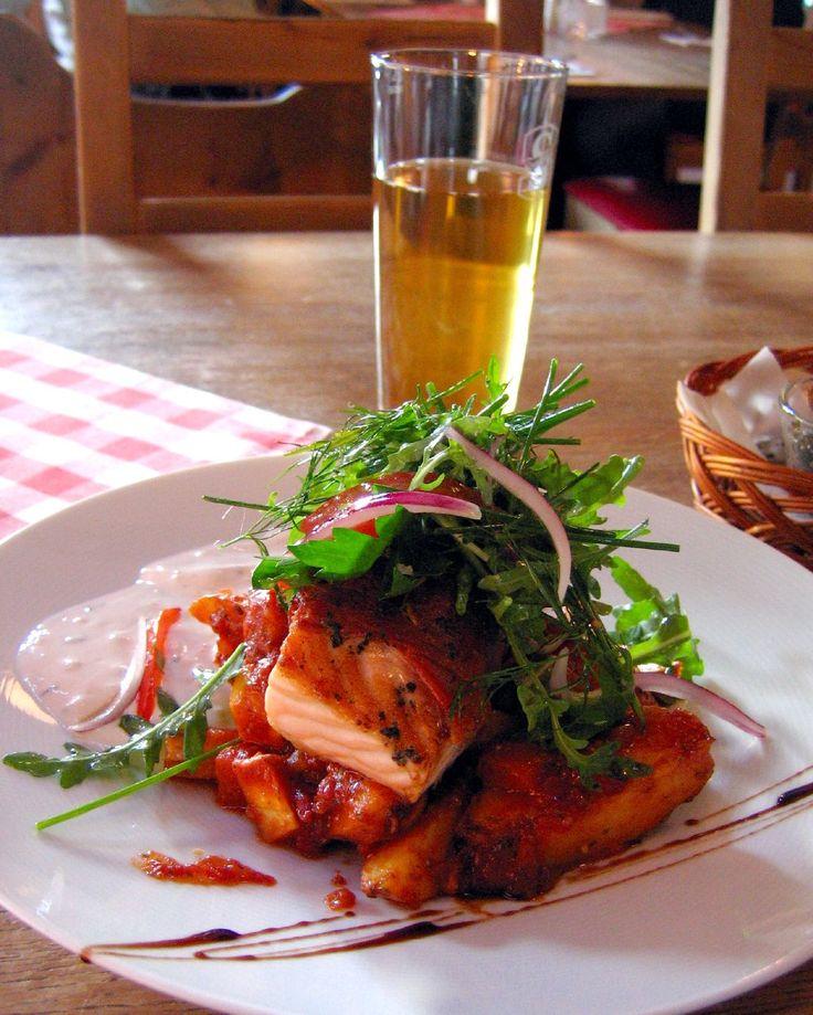 Swedish food | Description Swedish.food-Grillad.parmaskinks-inlindad.laxrygg-01.jpg