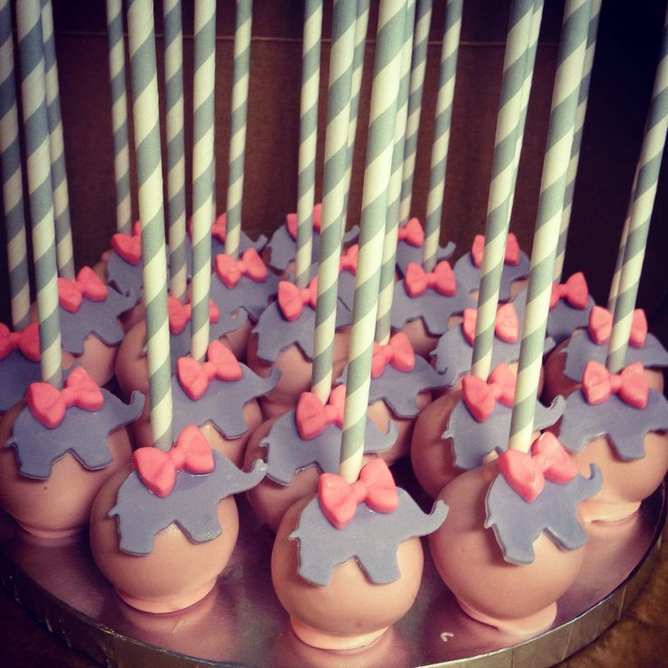 Baby shower cake pops It & # 39; s a girl! Babyolifanten en roze 💕
