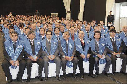 Minera El Abra entregó certificación universitaria a 150 técnicos de operaciones http://www.revistatecnicosmineros.com/noticias/minera-el-abra-entrego-certificacion-universitaria-150-tecnicos-de-operaciones