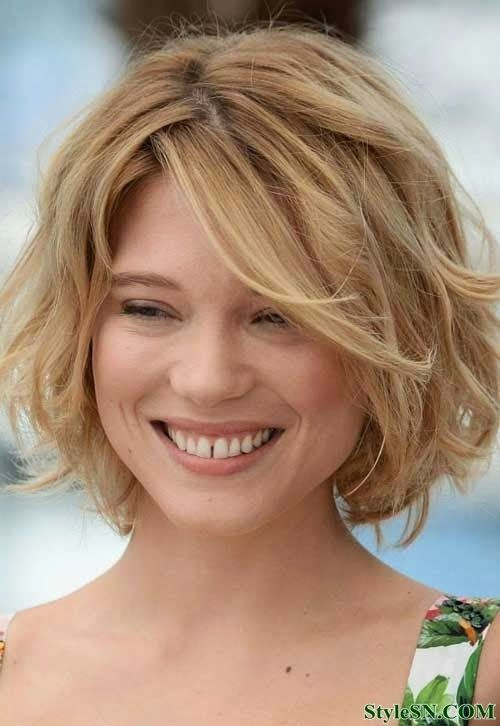 hairstyles for a wide head | Top Blonde Short Haircuts For Women | StyleSN