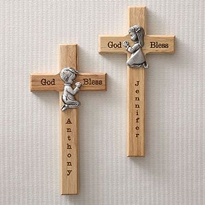 This is a beautiful gift idea for kids! The Personalized Wood Cross with Pewter Medallion for boys or girls - have it engraved with any name!
