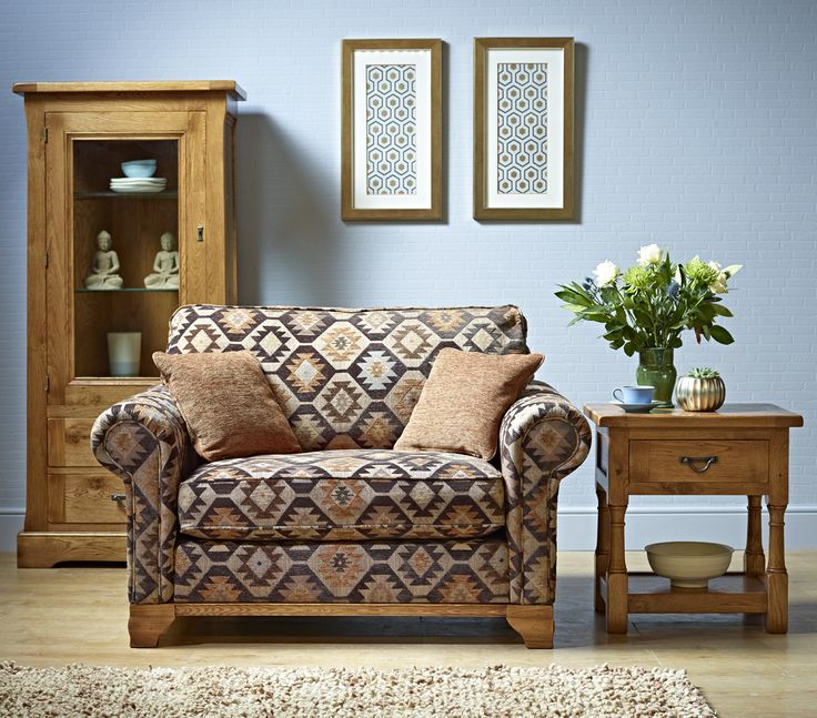 Lavenham Snuggler (or Love Seat) With Formal Back Option U0026 Wooden Plinth.  Perfect