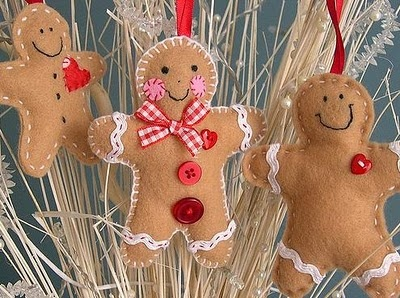 Gingerbread ornaments with pattern!!! Bebe'!!! Love these !!! They are so cute!!!