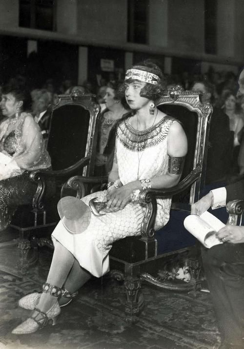 "Pss Maria Jose of Belgium (later Queen of Italy) in Egyptian costume. 1920s.    After the uncovering of the tomb of Tut in 1922, fashion went bonkers for ""Egyptian"" style. I'd date this no later than 1923"