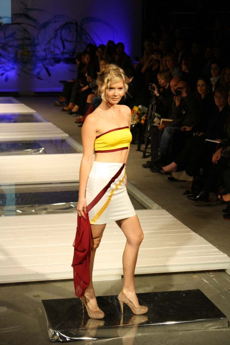 Lycra bandeau top w/ chiffon overshirt & banded satin mini skirt