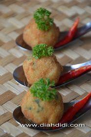 Diah Didi's Kitchen: Bitterballen Makaroni Keju