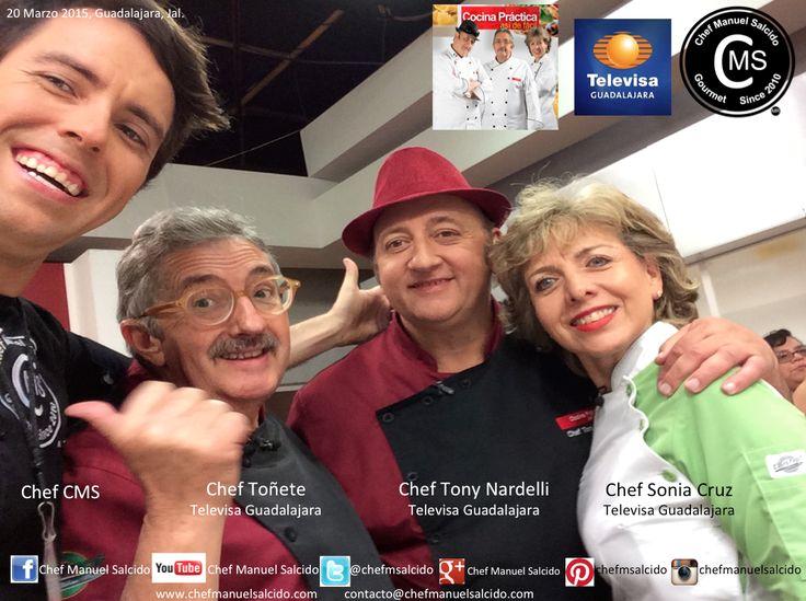 Gracias colegas y amig@s por hacerme sentir parte de Cocina Práctica, así de fácil, se me fue la hora devolada de lo agusto que me la pase, un abrazo a los 3!!! buena vibra!!! #chefcms #televisa #guadalajara #contento