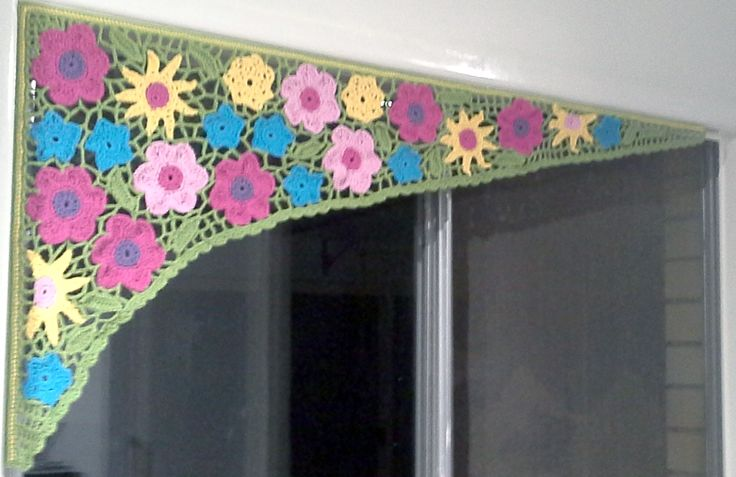 My new kitchen curtain. It took a while to design and put together.