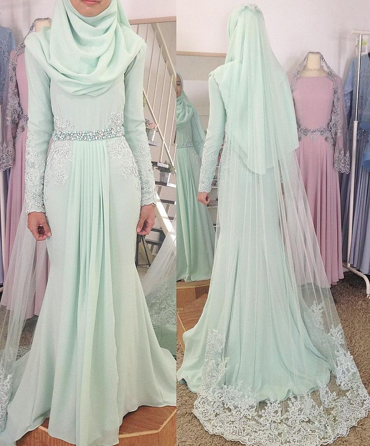 Done her final #fittingsession & picked up her Solemnization dress in Mint Green. Thanks love ❤️ . For inquiries and booking, to unrvr.clothing@gmail.com #unreveurbride #weddingmalaysia