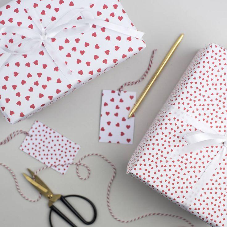 Red Heart Valentine's Wrapping Paper