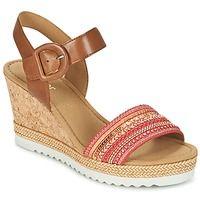 Παπούτσια Γυναίκα Σανδάλια / Πέδιλα Gabor YOLETTE Red