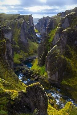 Fjaðrárgljúfur, Islandia.