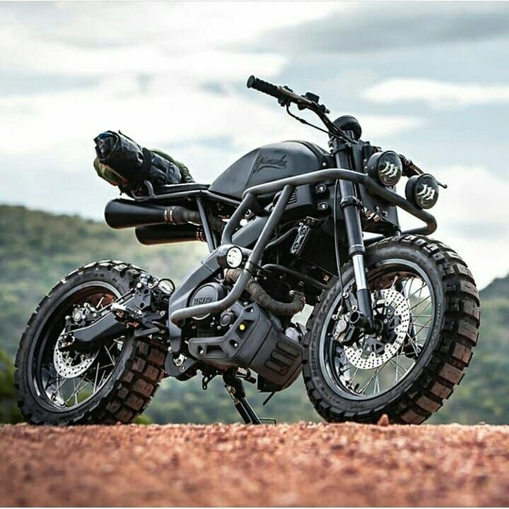 Modified Yamaha Xsr 155 Dm For Credits Bikers India Honda Cbr Cbr250r Cbr600rr Spor In 2020 Tracker Motorcycle Bike Exif Cafe Racer Bikes