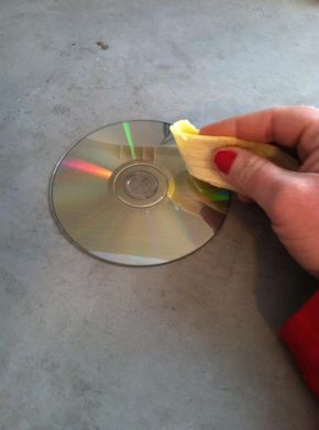 A step-by-step guide to using a banana to fix scratched dvd's
