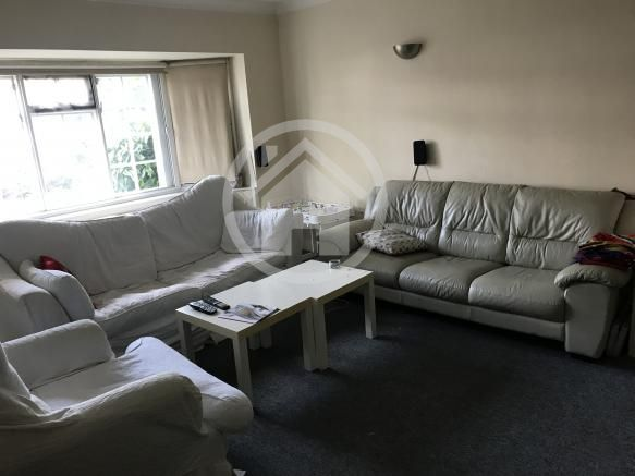 Room For Rent House Double Room Sw163lz London Greater London Large Modern End Of Terr Rooms For Rent London Apartments For Rent