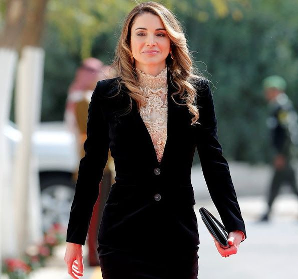 ♔♛Queen Rania of Jordan♔♛...King Abdullah and Queen Rania attend the opening ceremony of Parliament of Jordan