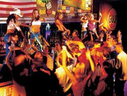 Dance on the Bar at Coyote Ugly!!!!