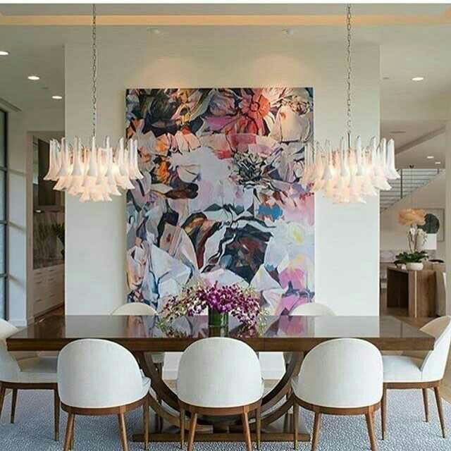 Giant Artwork On Weight Bearing Wall Two Chandeliers This Is Exactly The Kind Of Interior Design I Would H Luxury Dining Room Decor Living Room Design Modern