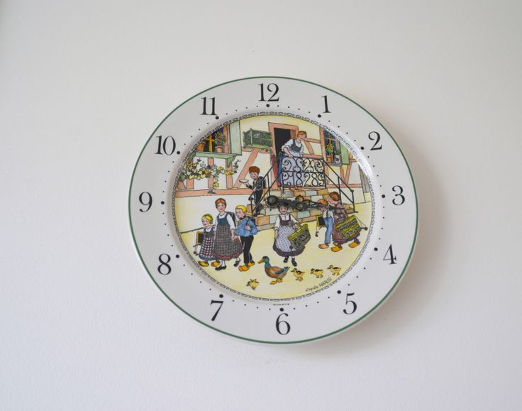 Best pendule de cuisine assiette porcelaine villeroy et boch motif hansi clock de la with - Pendules de cuisine originales ...