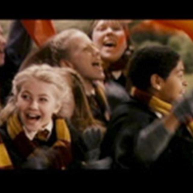 Eye spy Julianne Hough in Harry Potter.