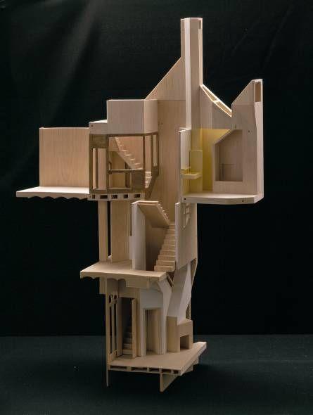 Casa providencia flores prats balsa cutaway model for Architect search