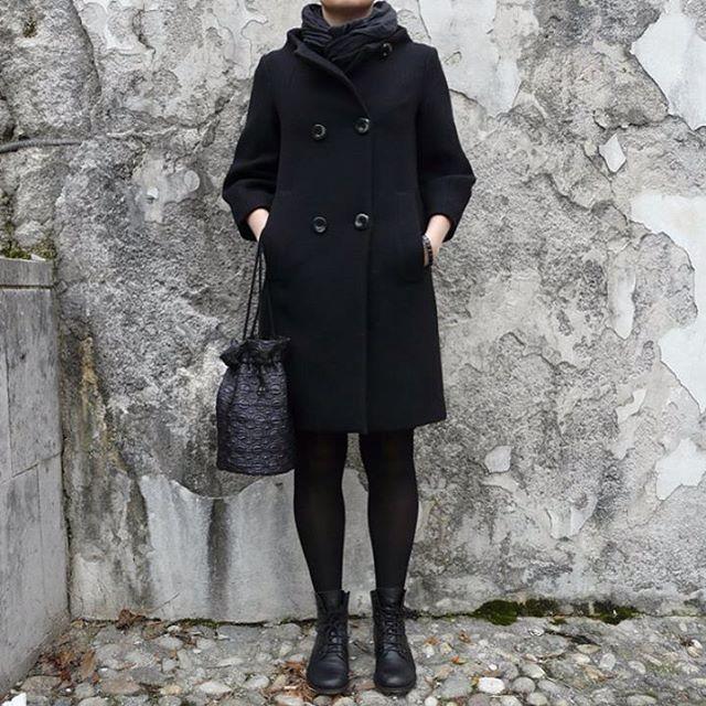 BUCKET BAG  #bag #bucketbag #handbag #handbags #fabricbag #madeinitaly #handmade #blackbag #rockbag #uniquepieces #italianstyle #geometric #leather #black #minimal #minimalbag #nightbag #partybag