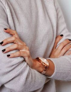 Look no further ladies, we've got some tips and tricks for getting your nail varnish to commit to a long lasting relationship with you!
