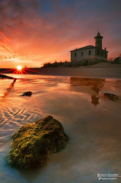 La Luce Del Faro, Bibione / Sunset At The Lighthouse, Bibione - Italy by Enrico Grotto, via Flickr