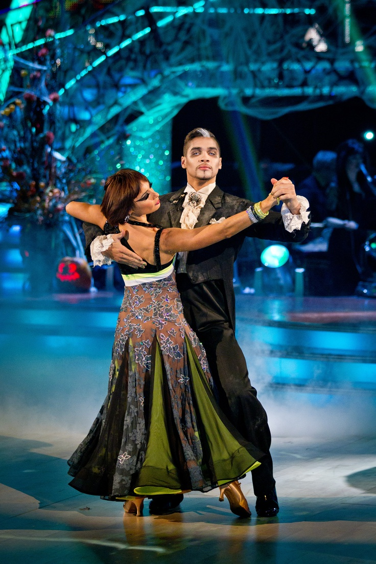 Louis and Flavia - Week 4 - Strictly Come Dancing - October 2012