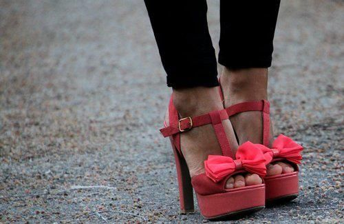 Bow shoes,lovely
