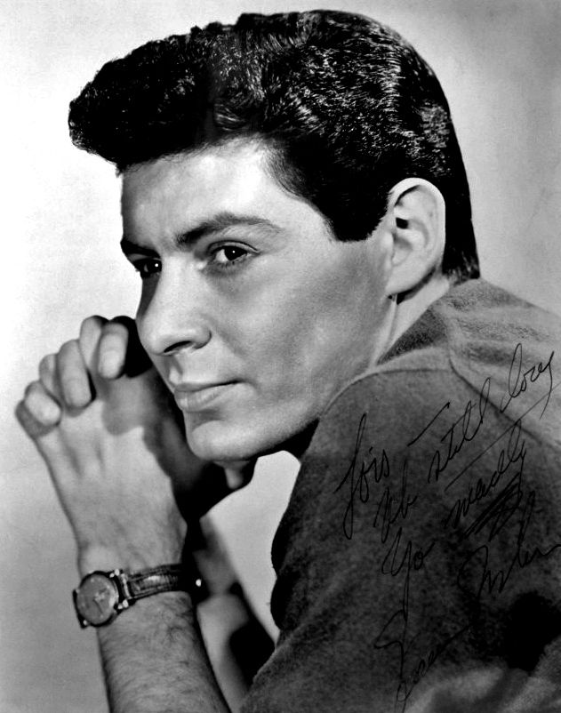 Eddie Fisher's 2nd UK #1, with Sally Sweetland. 'I'm Walking Behind You', had a week at Number One in the summer of 1953. Read all about it, and listen to this old, old chart-topper, here: