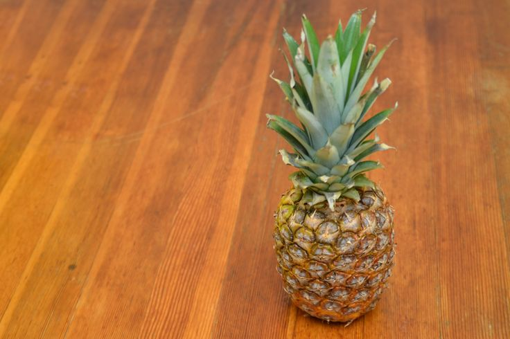 How to plant pineapple tops for Plant pineapple top