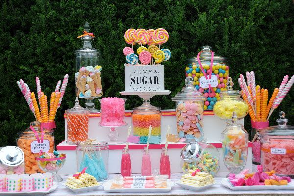 La bonbonniere pour candy bar: un déco de table chic