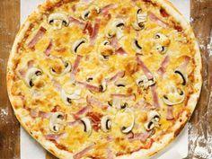 Schinkenpizza mit Champignons ist ein Rezept mit frischen Zutaten aus der Kategorie Pilze. Probieren Sie dieses und weitere Rezepte von EAT SMARTER!