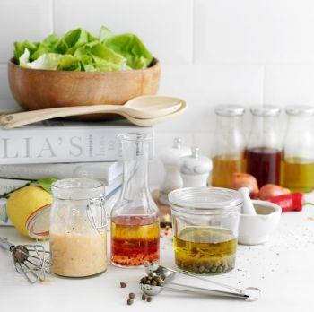 3 ponturi pentru salate de vară şi dressinguri reuşite