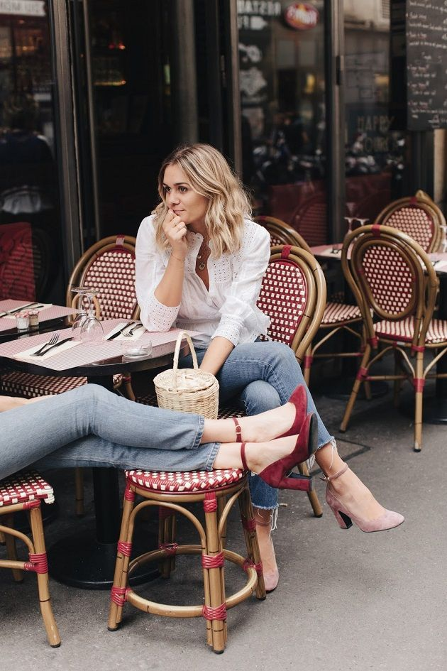 Time for Fashion » Inspiration: Romantic Blouse & Jeans. White romantic blouse+cropped denim+pink ankle strap velvet pumps. Fall Outfit 2016