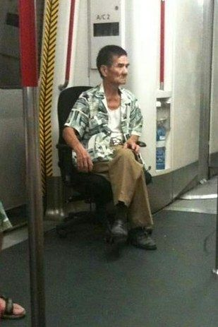 Dudes who bring their own office chairs onto the train. | 22 Things You'll Only See In Hong Kong