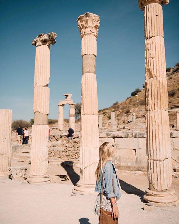 She traveled not because she needed to escape but to embrace the world's differences r. zatko Dame Traveler @gypsea_lust Türkiye #dametraveler Hotels-live.com via https://www.instagram.com/p/BDl74v_vwTm/ #Flickr