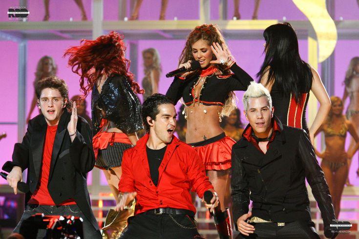 RBD no Miss Universo 2007 (28.05.07) - HQ EXCLUSIVA! - RBD Fotos Rebelde | Maite Perroni, Alfonso Herrera, Christian Chávez, Anahí, Christopher Uckermann e Dulce Maria