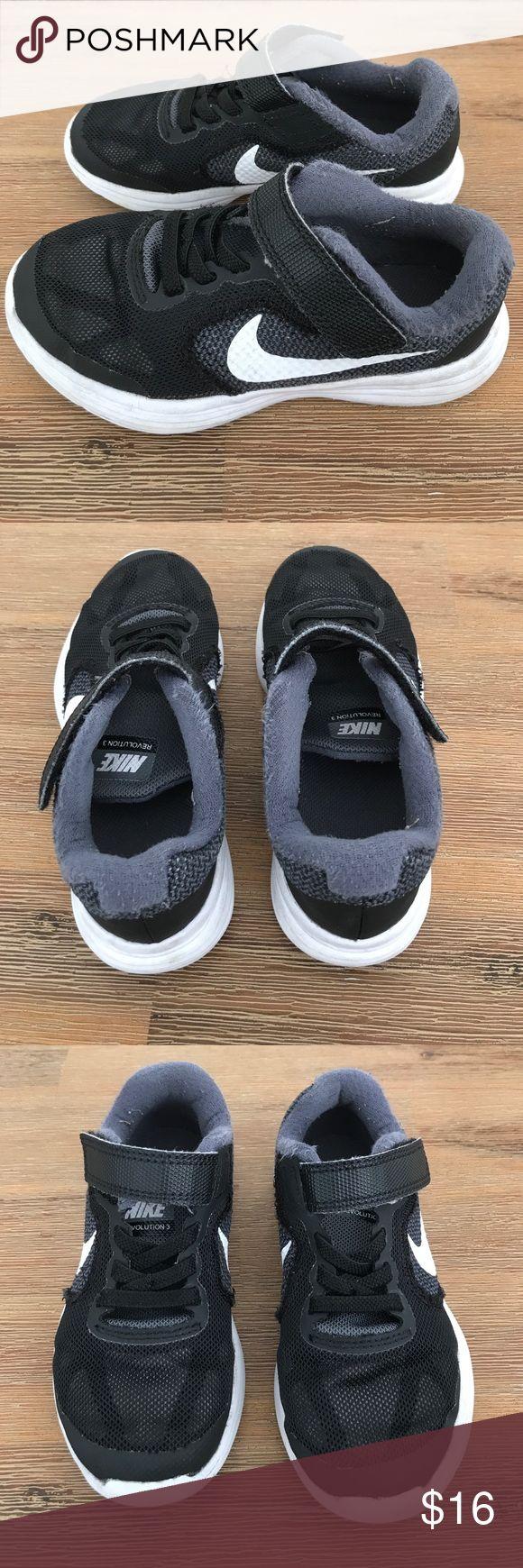 Nike revolution 3 black toddler sneaker size 10.5 Nike revolution 3 black toddler sneaker size 10.5 Nike Shoes Sneakers