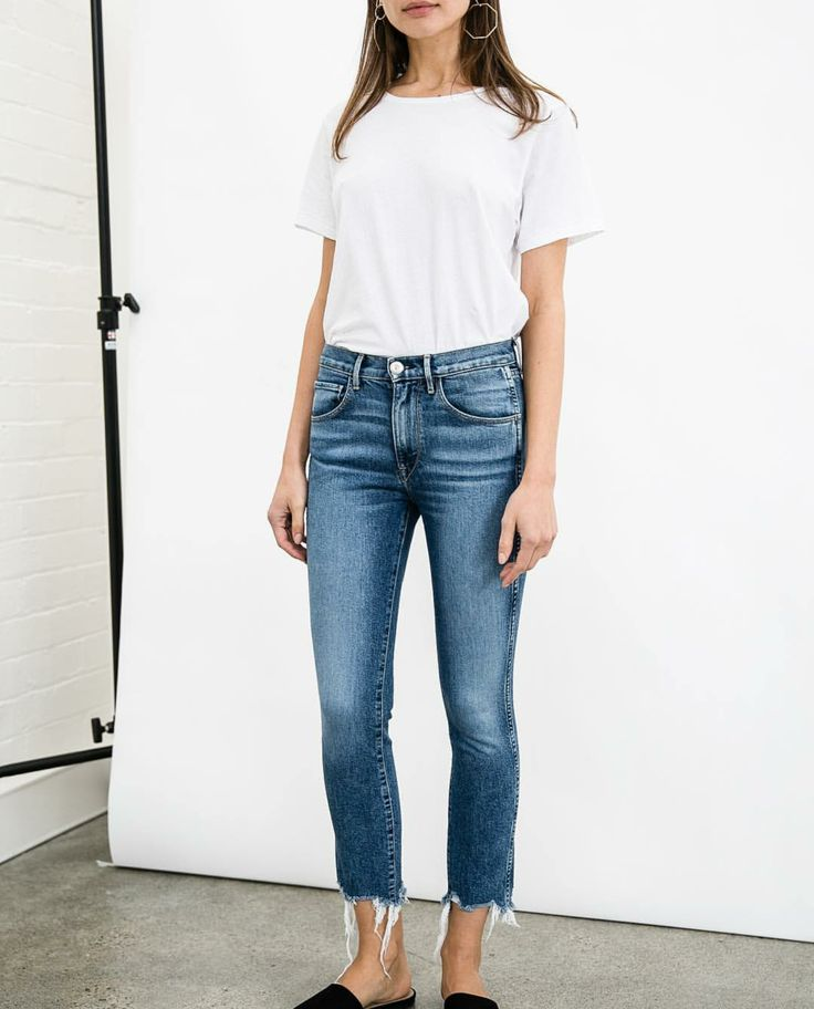#tshirt #tee #basics #wardrobestaples #styling #style #personalstyling #elishacasagrande
