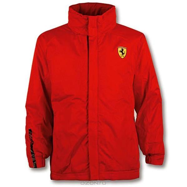 Красная детская куртка